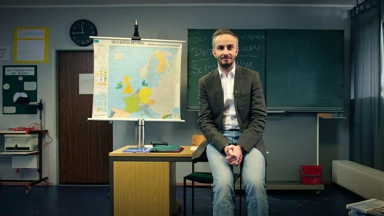 Homeschooling: Unterrichtsstunde mit Jan Böhmermann