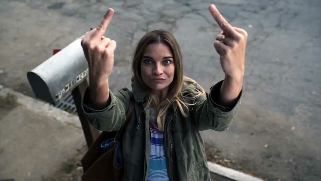 """Trailer zur neuen AMC-Serie """"Kevin Can F**k Himself"""""""