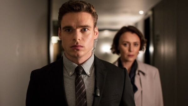 Bodyguard: Warum hat Richard Madden in ZDF und Netflix andere Synchronstimmen?