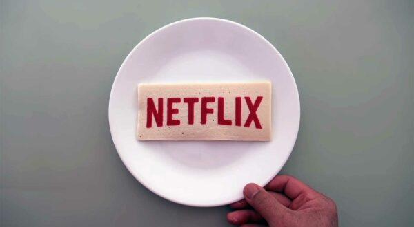 Streaming-Plattform-Logos als Pfannkuchen