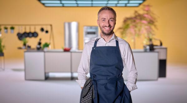 Böhmi brutzelt: Jetzt kocht Jan Böhmermann auch noch im TV