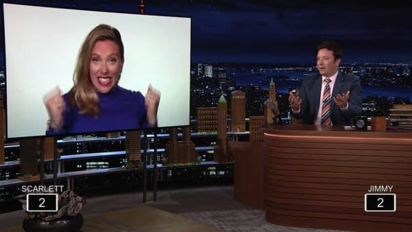 One-Second Marvel Quiz mit Scarlett Johansson